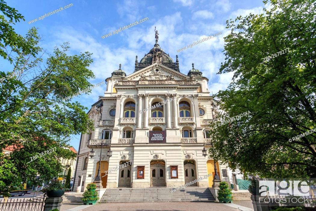 Imagen: The State Theatre building, Kosice, Slovakia, .