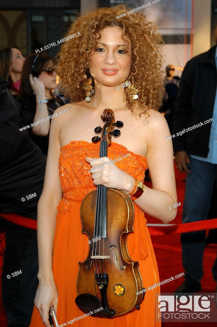 Miri Ben Ari, the Hip-Hop Violinist at the 32nd Annual