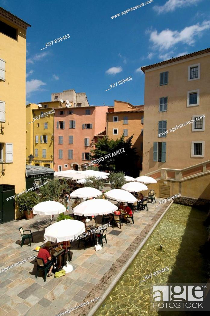 Stock Photo: Outdoor café, Place de l'Eveche, Grasse, Provence, France.