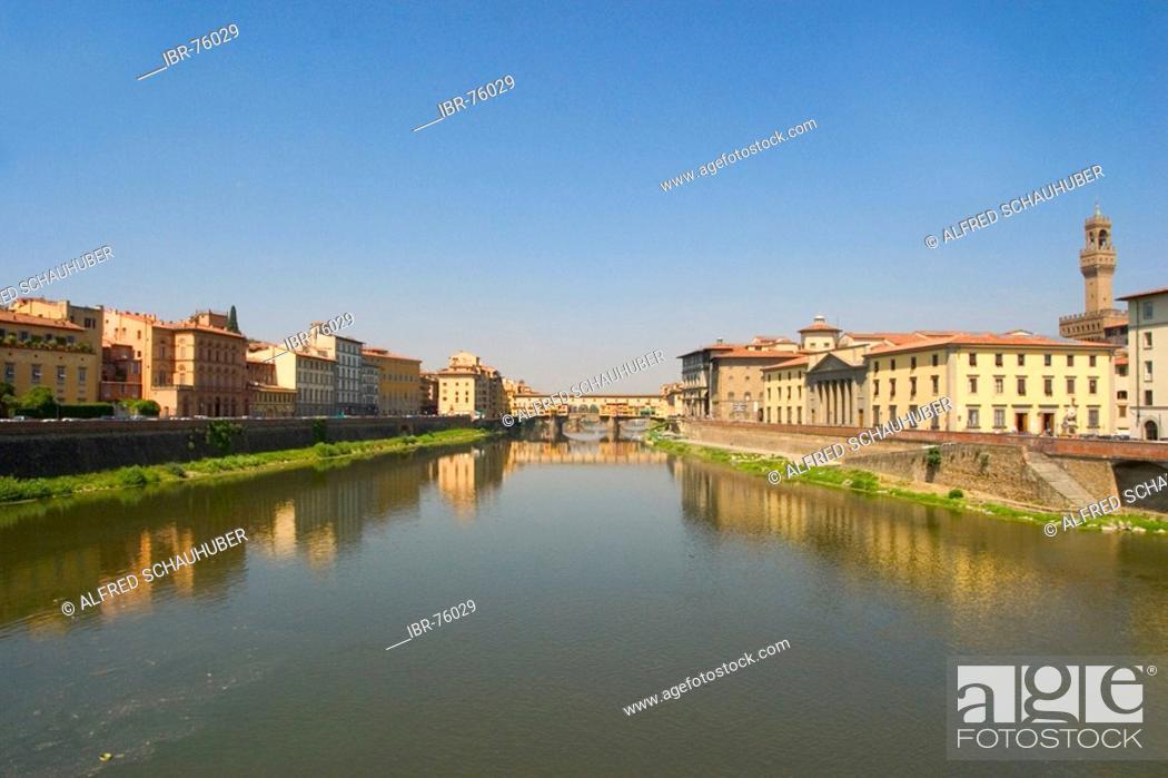 Stock Photo: Ponte Veccio in Florence (Italy).