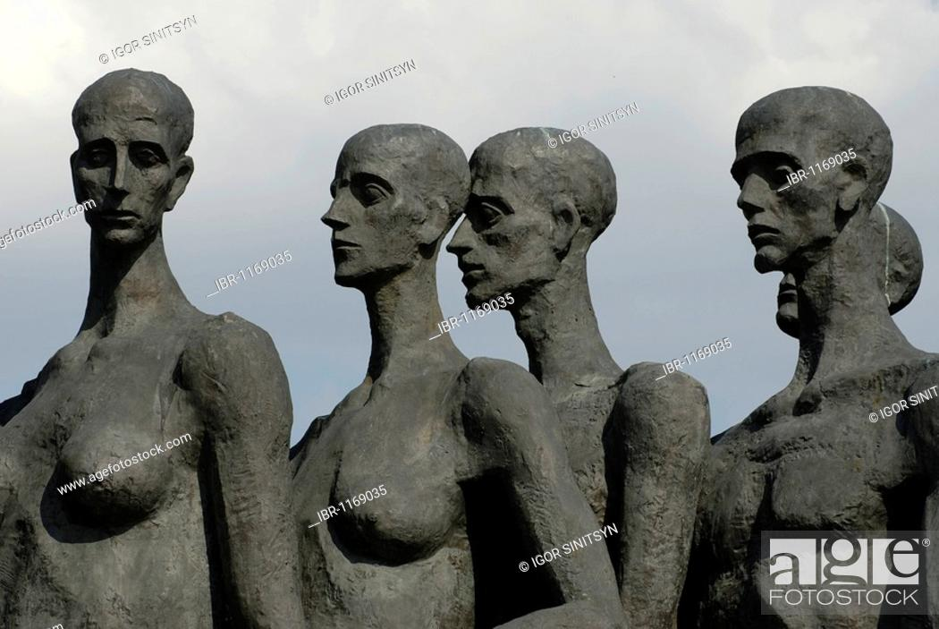 Stock Photo: Figures of the monument to victims of the concentration camps during the Second World War, Poklonnaya Hill, Moscow, Russia.