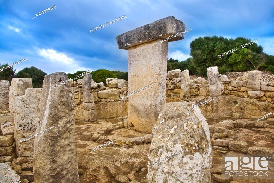 Stock Photo: Taula de Torralba. Prehistoric Village of Torralba d'en Salord. Minorca. Balearic Islands. Spain.