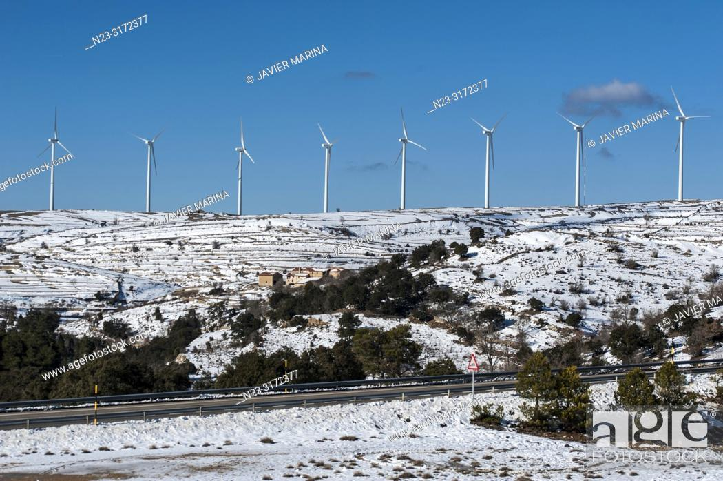 Stock Photo: Snow in the mountain pass of Torre Miró, Morella, Castellón, Spain.