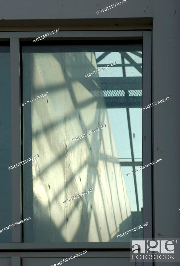 Stock Photo: France, ile de france, paris 1er arrondissement, jardin des tuileries, musee de l'orangerie, nympheas, claude monet, Date : 2011-2012 Photo Gilles Targat.