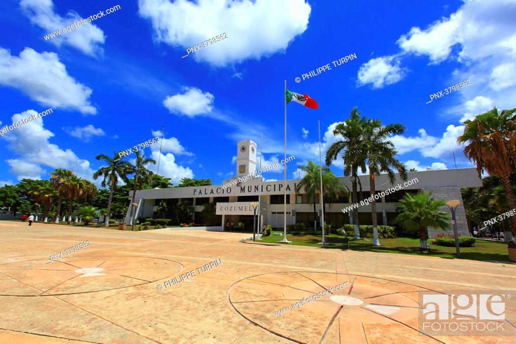 Stock Photo: Mexico, Quintana Roo, Cozumel Island. San Miguel de Cozumel. Palacio Municipal.