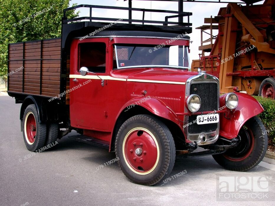 Stock Photo: Old Fiat truck model Abyssinia  Made from 1937-1940  History of the car.