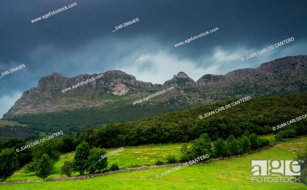 Stock Photo: Pico San Vicente desde Ramales de la Victoria. Cantabria, Northern Spain.