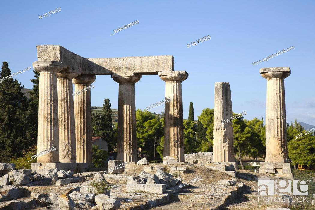 Stock Photo: Europe, Greece, Peloponnese, ancient Corinth, archaeological site, Temple of Apollo.
