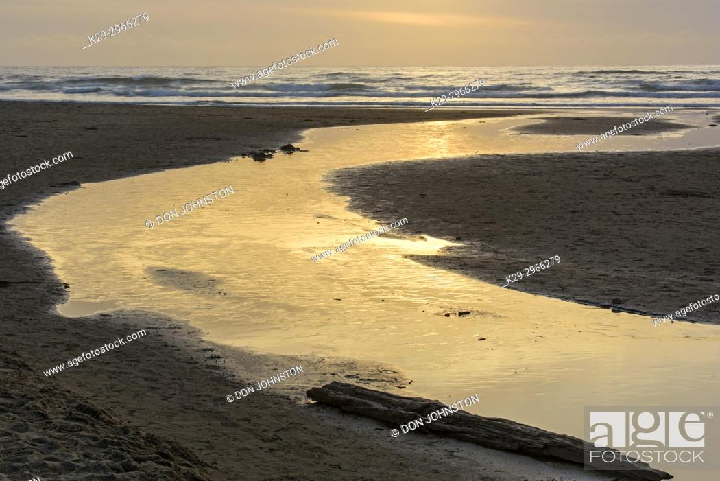 Stock Photo: Freshwater stream crossing Cannon Beach, Cannon Beach, Oregon, USA.