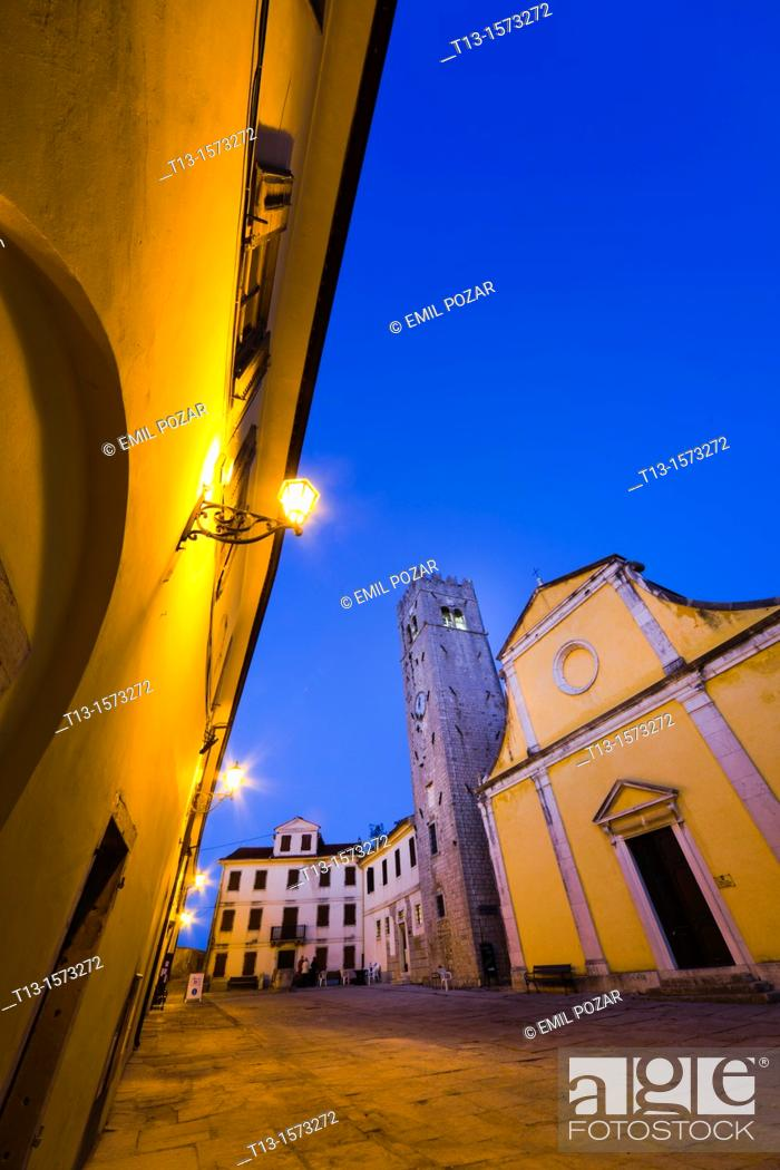 Stock Photo: Motovun medieval town in Istria, Croatia, central square and St. Stephen's church (Crkva svetog Stefana).
