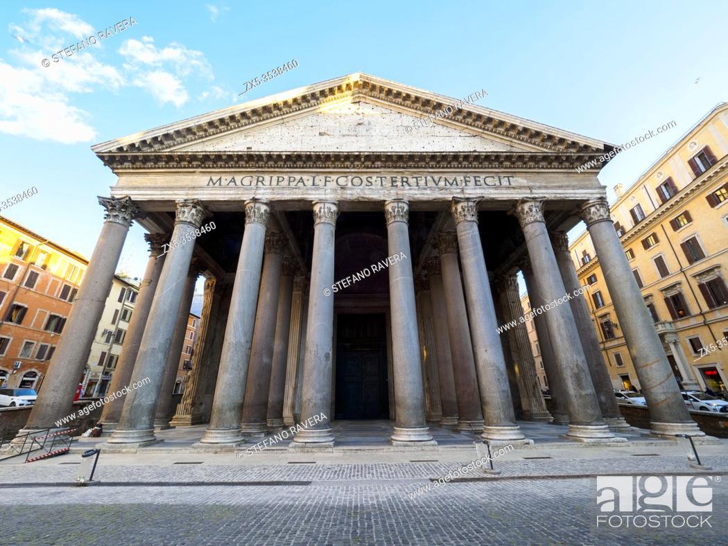 Stock Photo: Pantheon in piazza della Rotonda - Rome, Italy.