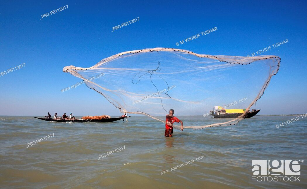 Stock Photo: Fishing at Dubla IslandDubla Island located at the southern border of the Sundarban facing the Bay of Bengal of Bangladesh Fishing time in this island October.