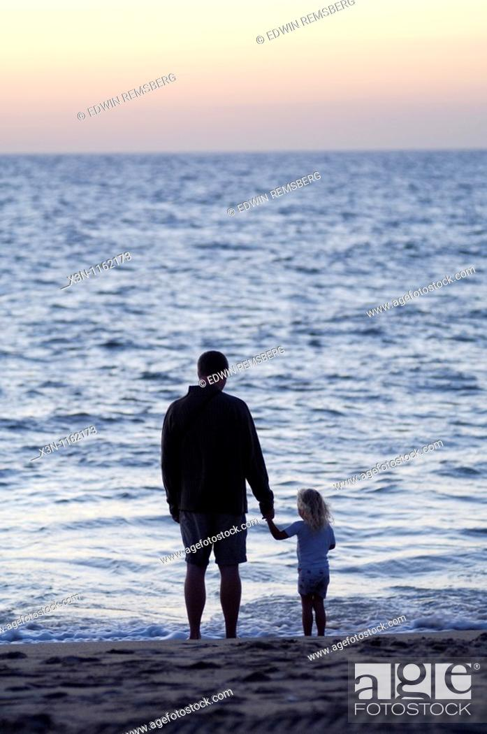 Stock Photo: Father and daughter at Rehoboth Beach, Delaware.