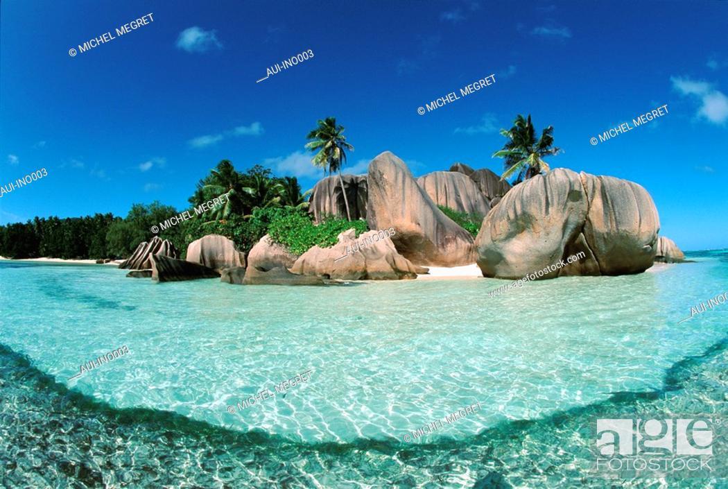 Stock Photo: Seychelles - Digue's Island - Souce d'Argent's Cove.