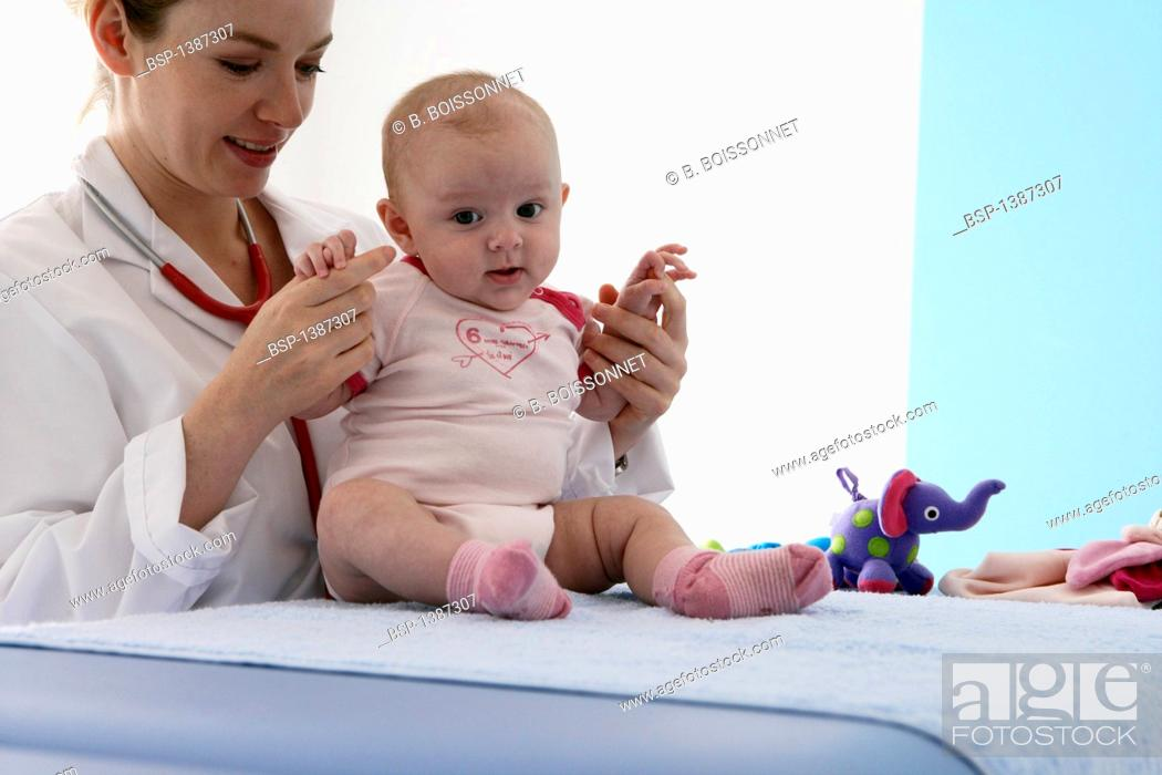 35fc3c268fc7 INFANT AT HOSPITAL CONSULTATION Models. 3-month-old baby girl