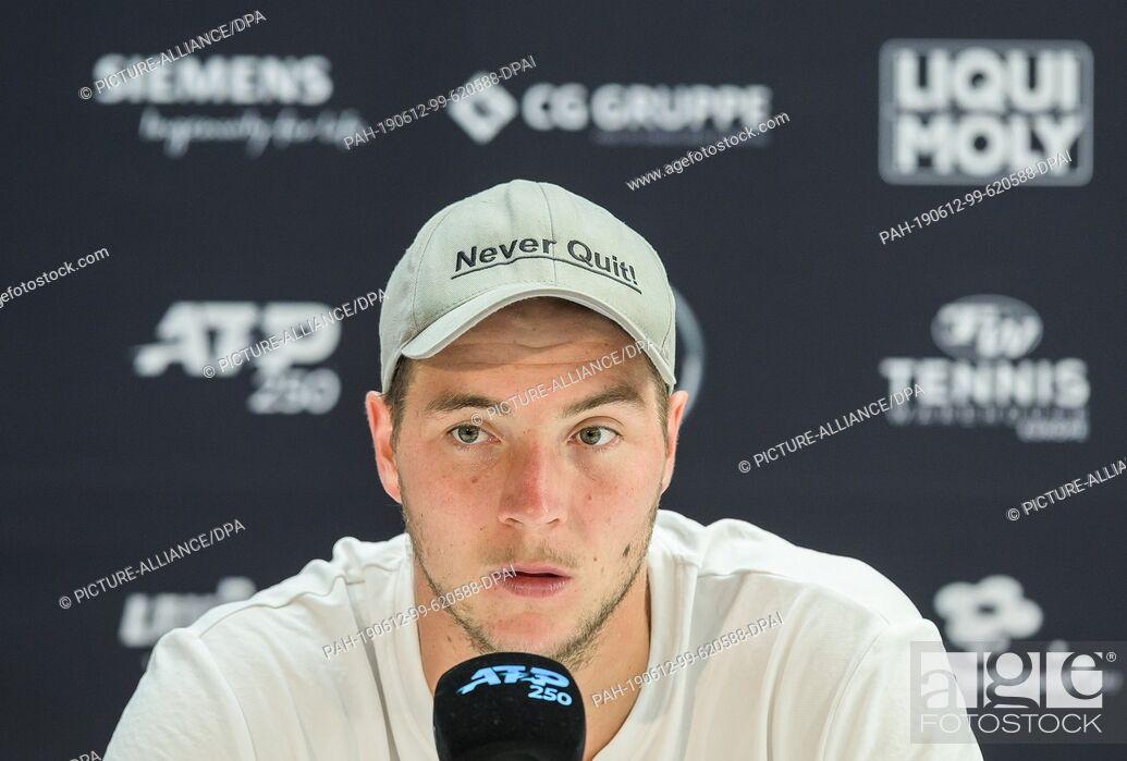 Imagen: 12 June 2019, Baden-Wuerttemberg, Stuttgart: Tennis: ATP-Tour - Stuttgart, Individual, Men, Round of 16: Struff (Germany) - Kecmanovic (Serbia).