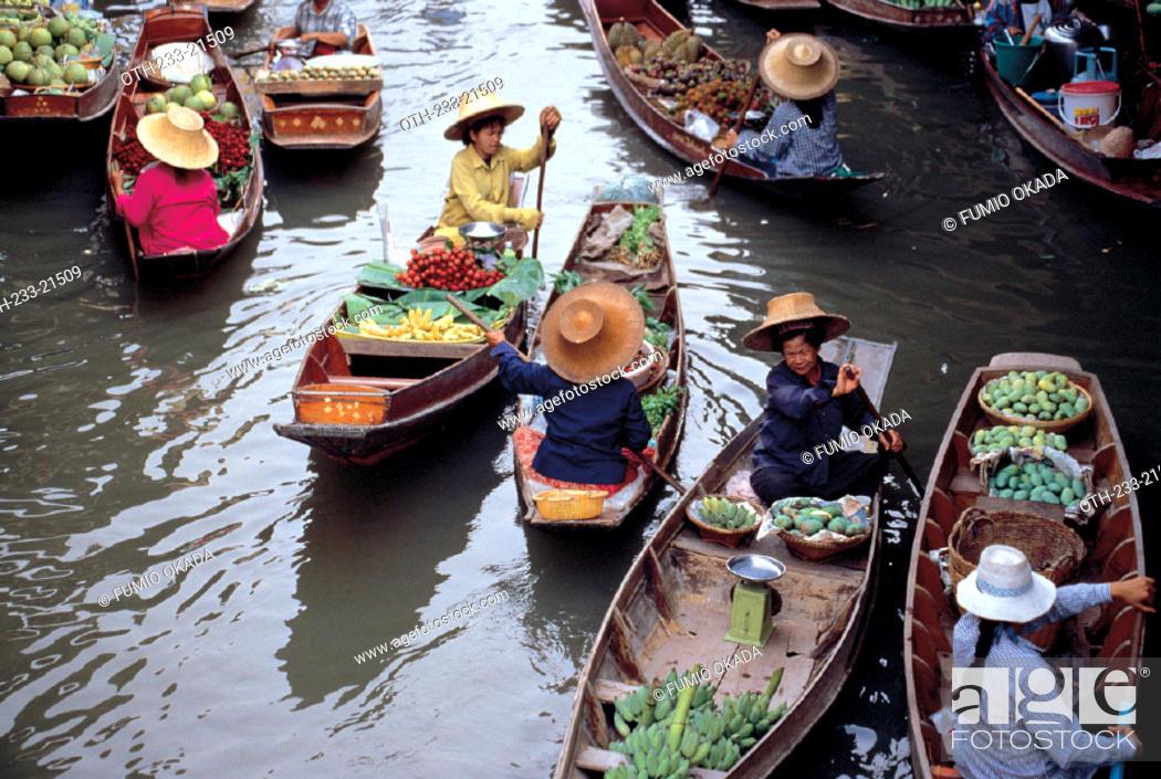 Imagen: Damnoensaduak Floating Market, Thailand.