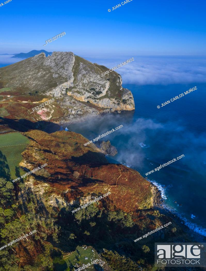 Imagen: Aerial view, Liendo, Cantabrian Sea, Liendo Valley, Cantabria, Spain, Europe.