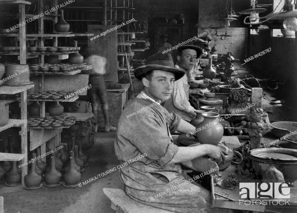 Stock Photo: potteries factory, deruta, umbria, italy, 1930.