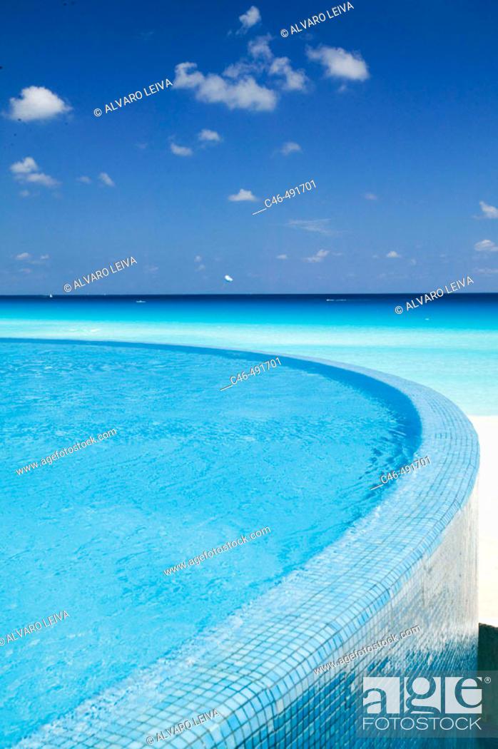 Stock Photo: Hotel, Cancun. Quintana Roo, Yucatan Peninsula, Mexico.