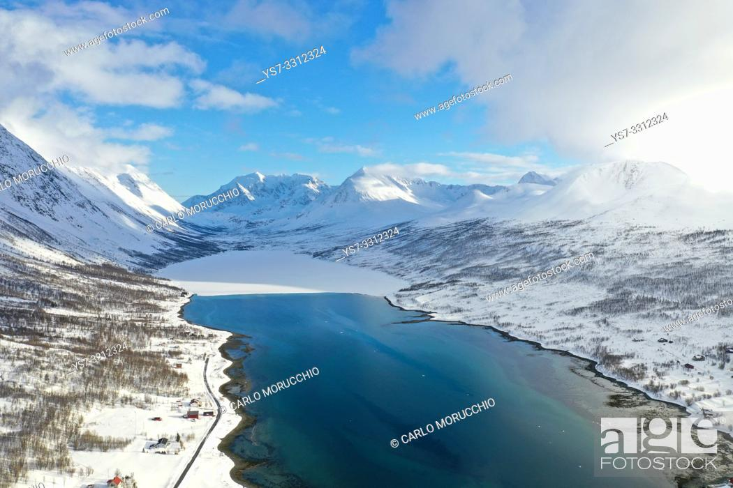 Stock Photo: Nordlenangen, Lyngen peninsula, Troms county, Norway, Europe.