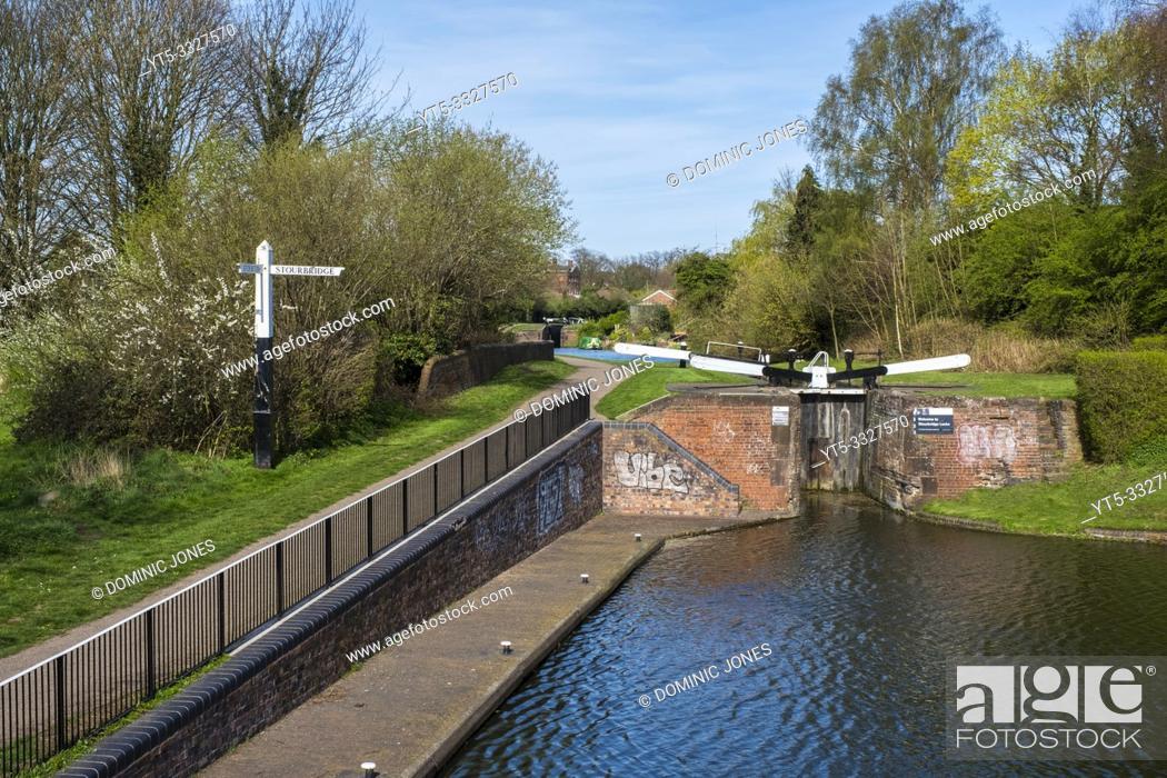 Stock Photo: Canal lock on the Stourbridge canal near Stourbridge, West Midlands, England, Europe.