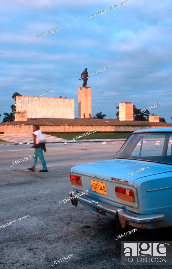 Stock Photo: Che Guevara Memorial in Santa Clara/Cuba.