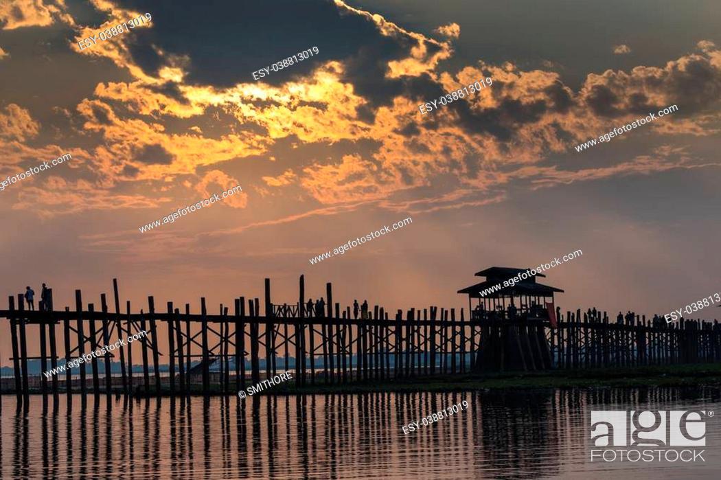 Stock Photo: U bein wooden teck bridge at dusk in Amarapura Myanmar (Burma).