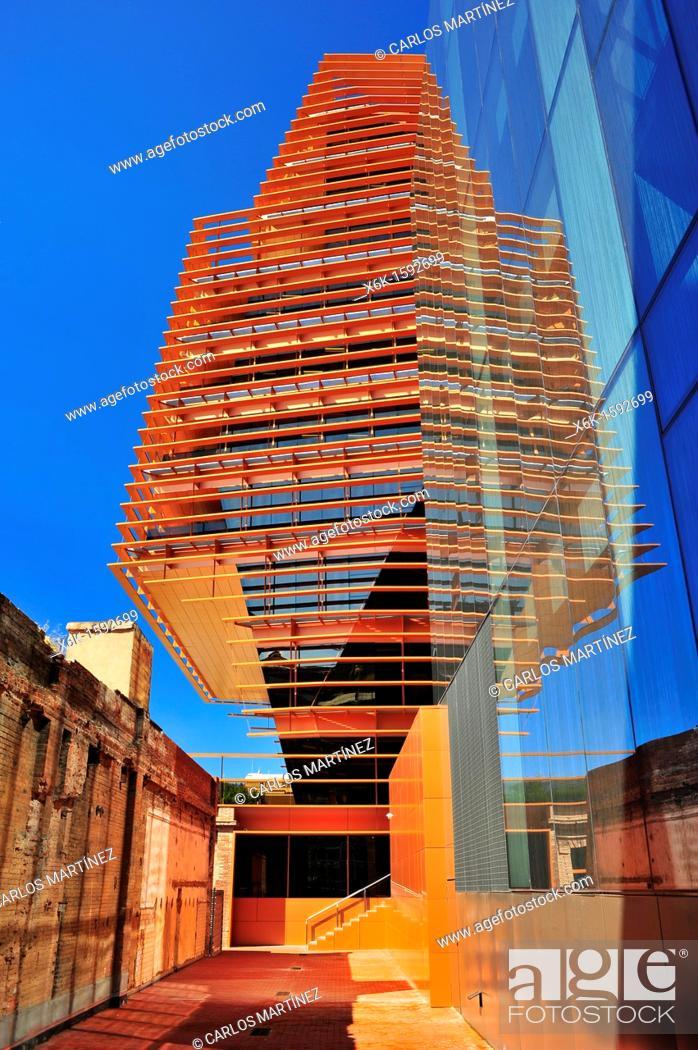 Stock Photo: CMT (Comisión del Mercado de las Telecomunicaciones, Spanish communications industry regulator) building (Batlle i Roig Arquitectes).