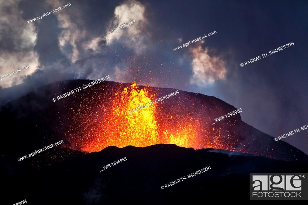 Stock Photo: Lava fountains-Volcano eruption at Fimmvorduhals, a ridge between Eyjafjallajokull glacier, and Myrdalsjokull, Iceland 2010.