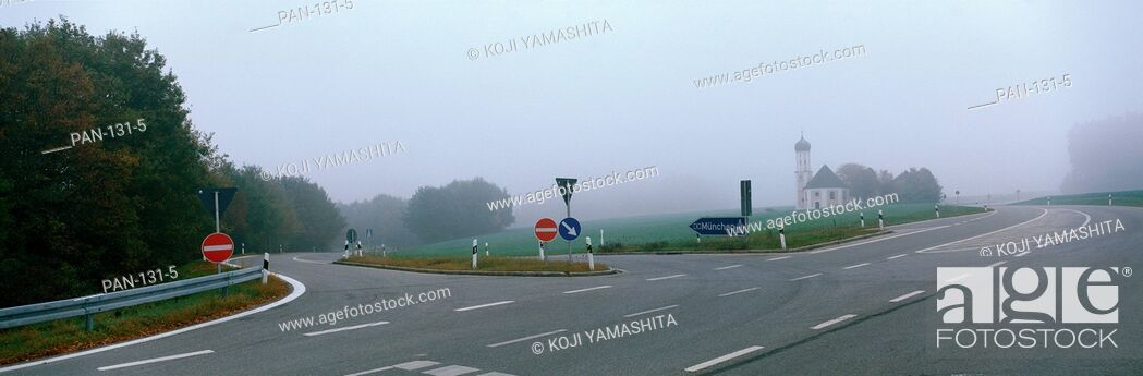 Stock Photo: Road Intersection in Fog, near Adelzhausen, Germany.