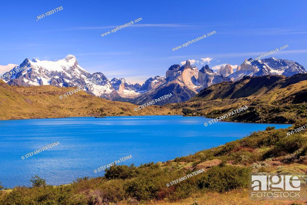 Photo de stock: Lago Pehoe, Torres del Paine National Park, Patagonia, Chile.