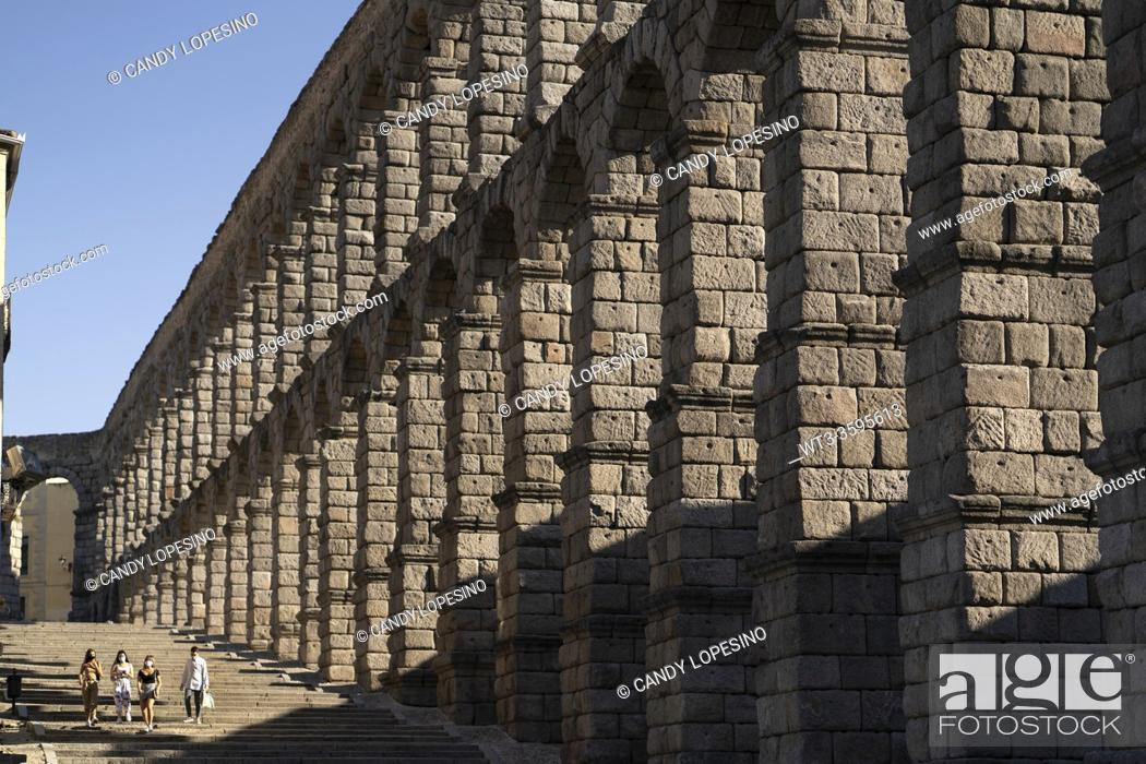 Stock Photo: Roman aqueduct in the city of Segovia, SEGOVIA, CASTILLA-LEON, SPAIN, EUROPE.
