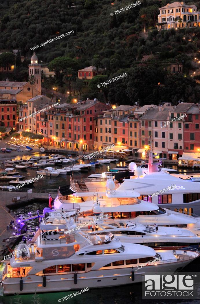 Stock Photo: Italy, Liguria, Portofino, general view, harbour,.