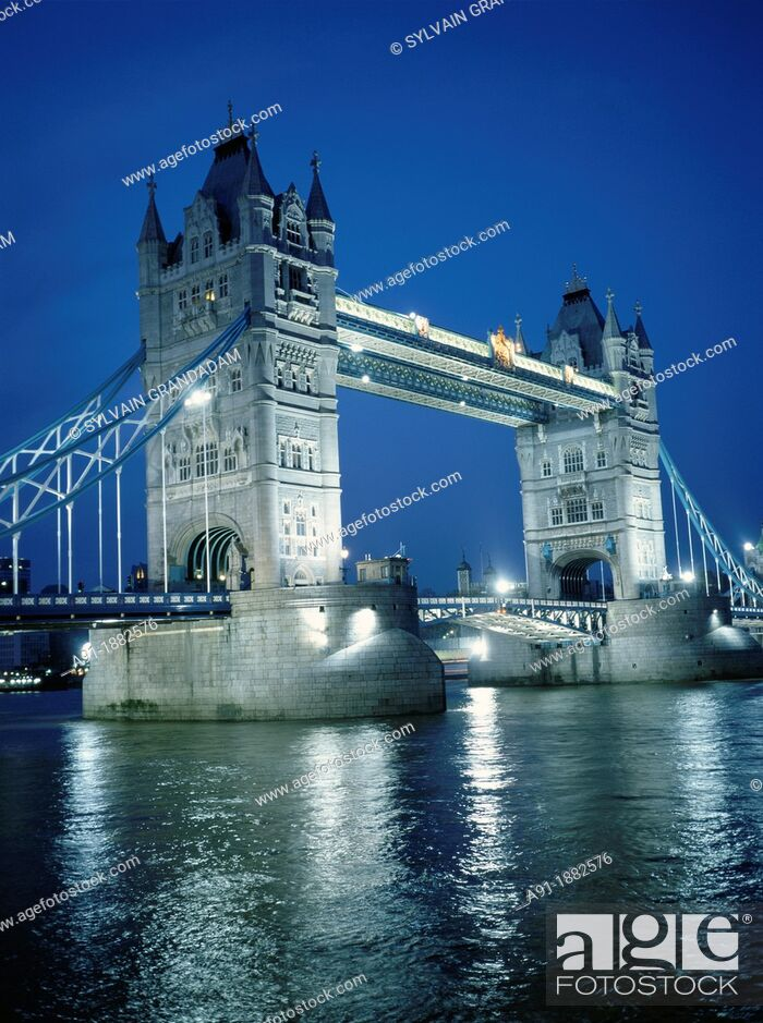 Stock Photo: Tower Bridge over River Thames at night, London, England, UK.