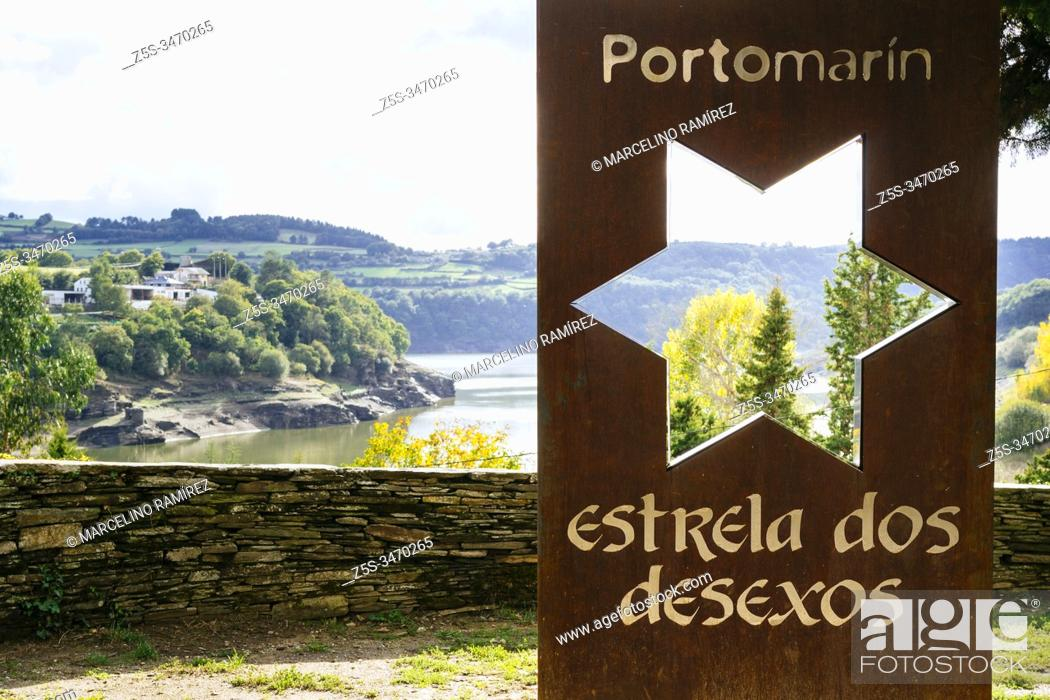 Stock Photo: Viewpoint over the Belesar swamp. French Way, Way of St. James. Portomarín, Lugo, Galicia, Spain, Europe.