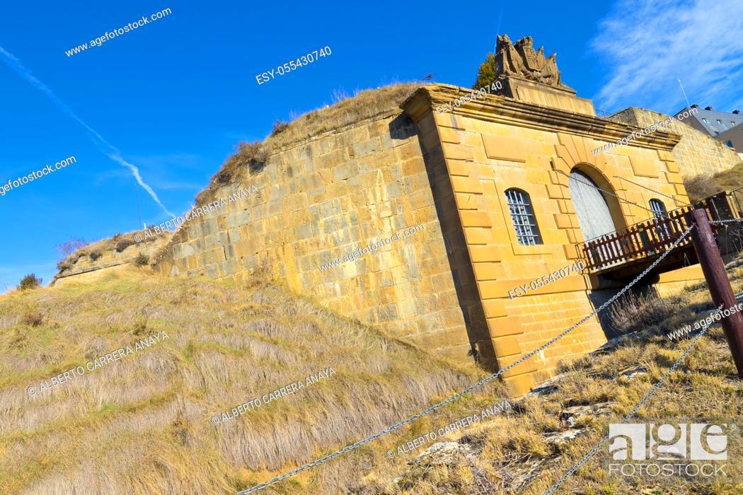 Imagen: Rapitán Fort, Fuerte de Rapitán, 19th Century Fortress, Spain National Heritage Site, Spanish Property of Cultural Interest, Jaca, Huesca, Aragón, Spain, Europe.