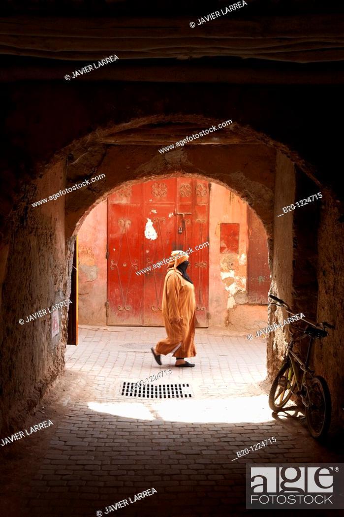 Stock Photo: Souk, Medina de Marrakech, High Atlas, Morocco.