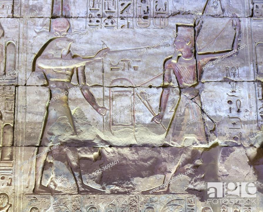 Imagen: Coloured relief, temple of Seti I, Abydos, Egypt.