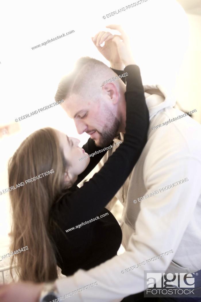 Imagen: sensual couple.