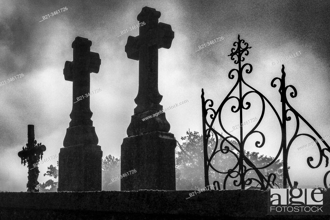 Stock Photo: France, Pays de la Loire, Mayenne, graveyard at Menidou. Religion, Cross, Christian.