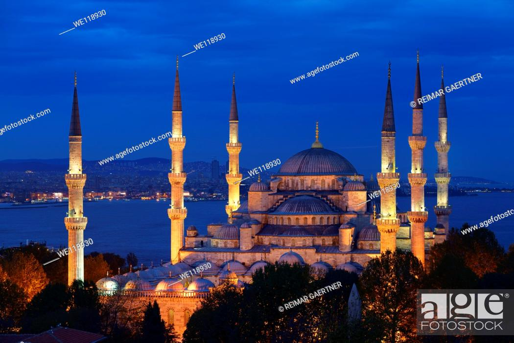 Stock Photo: Blue Mosque with lights at dusk on the Bosphorus Sultanahmet Istanbul Turkey.