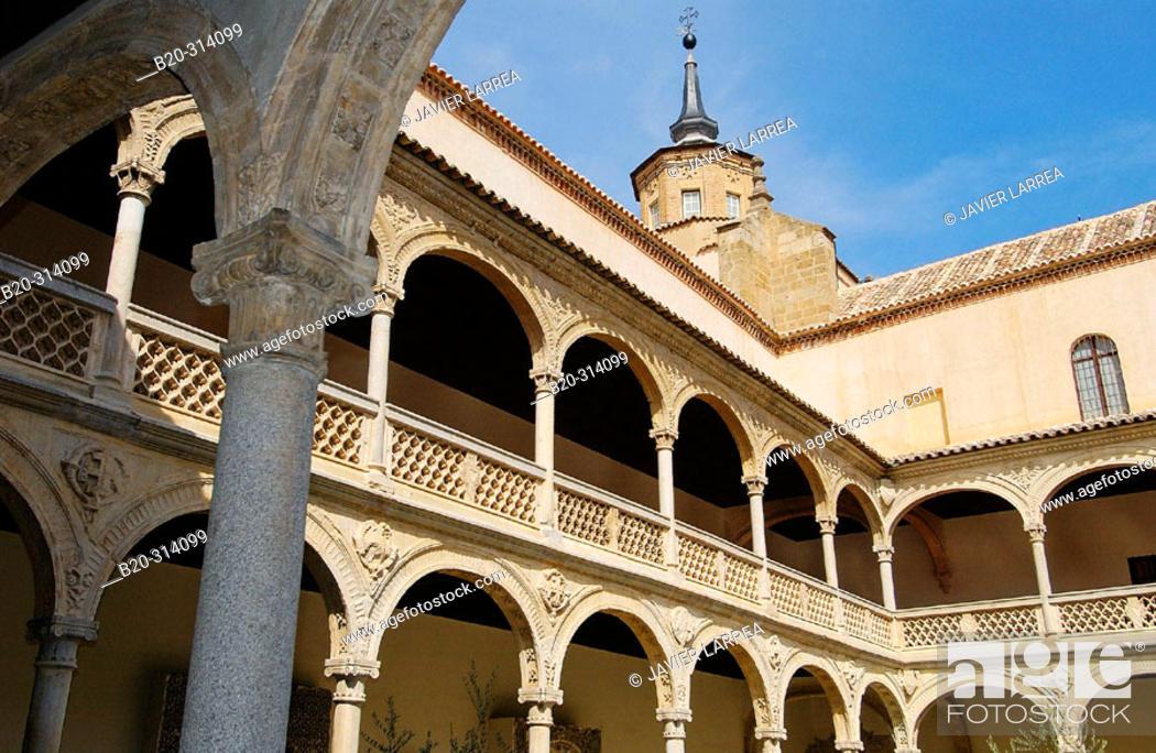 Museo De Santa Cruz.Plateresque Courtyard At Museo De Santa Cruz Founded By Cardinal