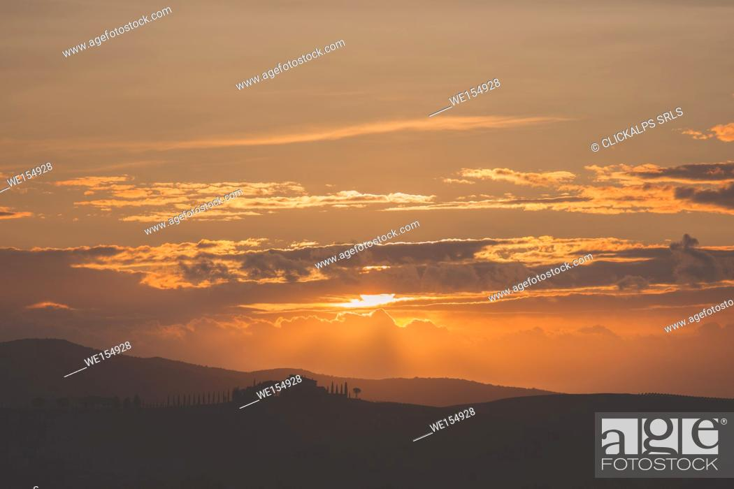 Stock Photo: Europe,Italy,Siena district,Orcia Valley, San Quirico d'Orcia.