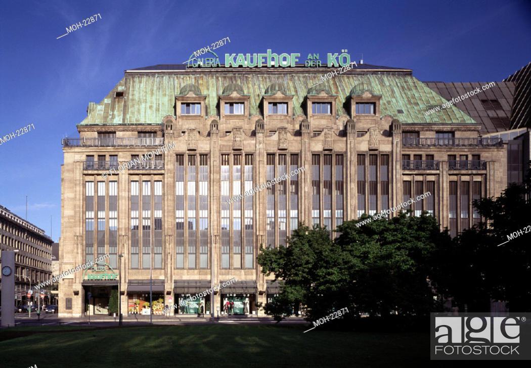 Stock Photo: Düsseldorf, ehem. Kaufhaus Tietz, Jetzt Kaufhof an der Kö.
