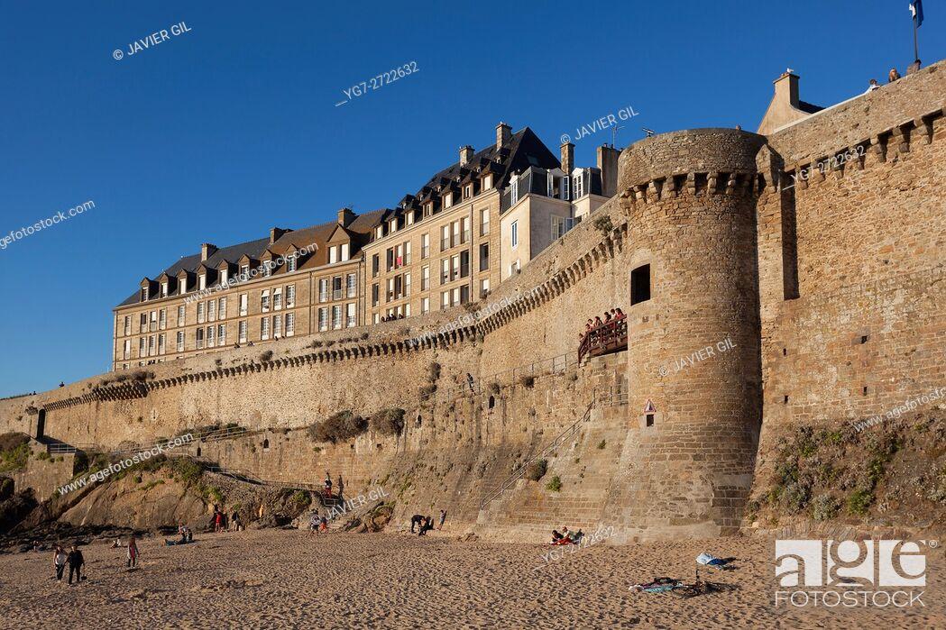 Stock Photo: Walls of Saint-Malo, Ille-et-Vilaine, Britanny, France.