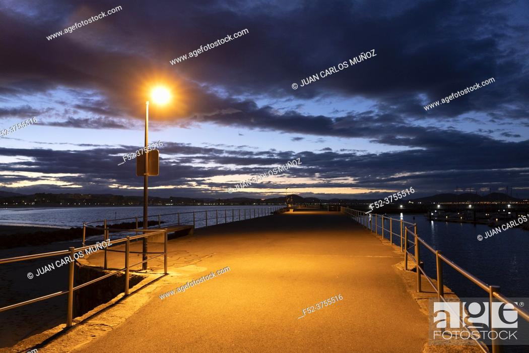 Stock Photo: Port of Laredo at dusk, Cantabria, Spain, Europe.