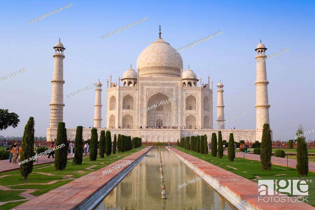 Stock Photo: The Taj Mahal, UNESCO World Heritage Site, Agra, Uttar Pradesh, India, Asia.