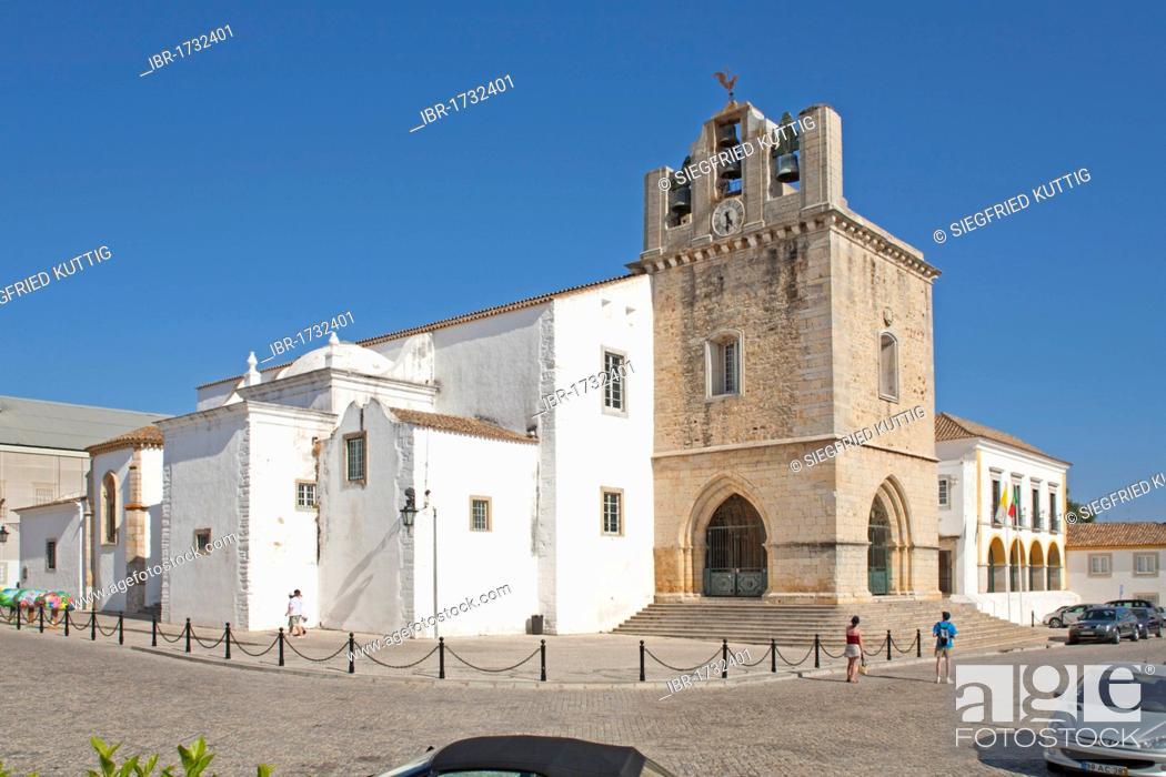 Stock Photo: Cathedral of Largo da Sé, historic town centre, Faro, Algarve, Portugal.