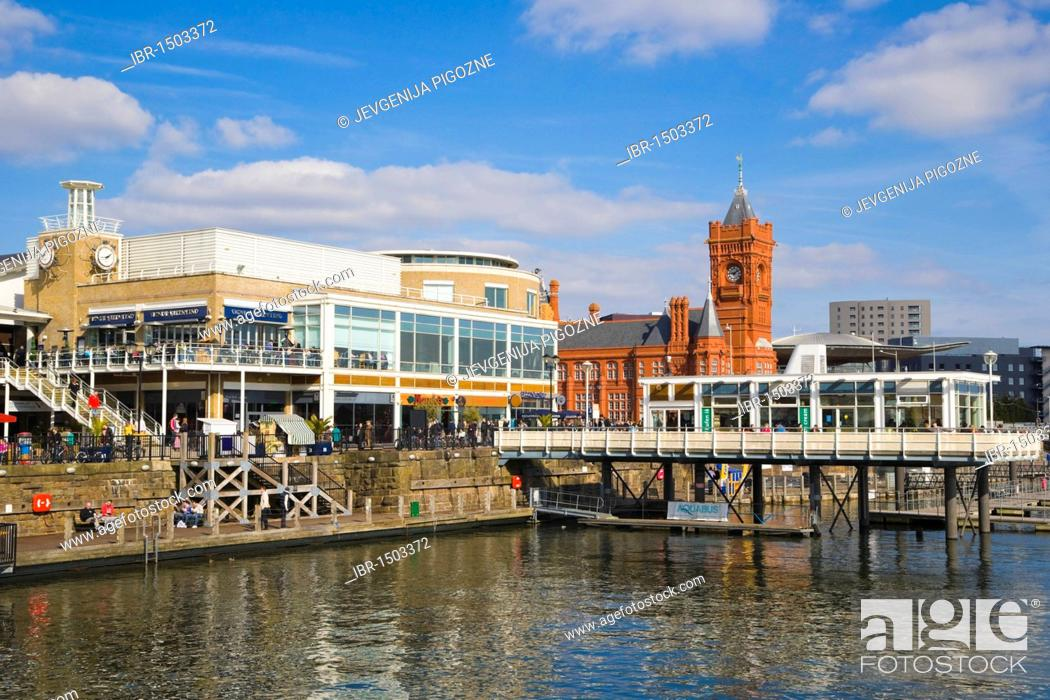Imagen: Mermaid Quay with Willows Clock Tower by Andrew Hazell, Tacoma Square and The Pierhead Building, Cardiff Bay, Cardiff, Caerdydd, South Glamorgan, Wales.
